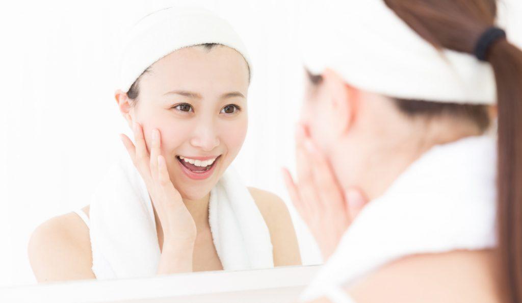 正しい洗顔方法石鹸で洗顔